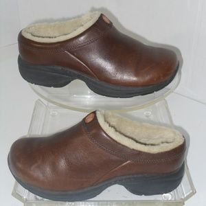 MERRELL PERFORMANCE BROWN LEATHER SHOES